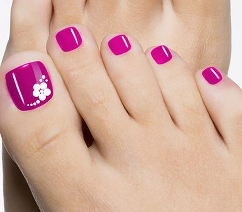 Simple Nail Art On Foot: 50 Cutest Toenail Design Ideas For Any Picky Girl
