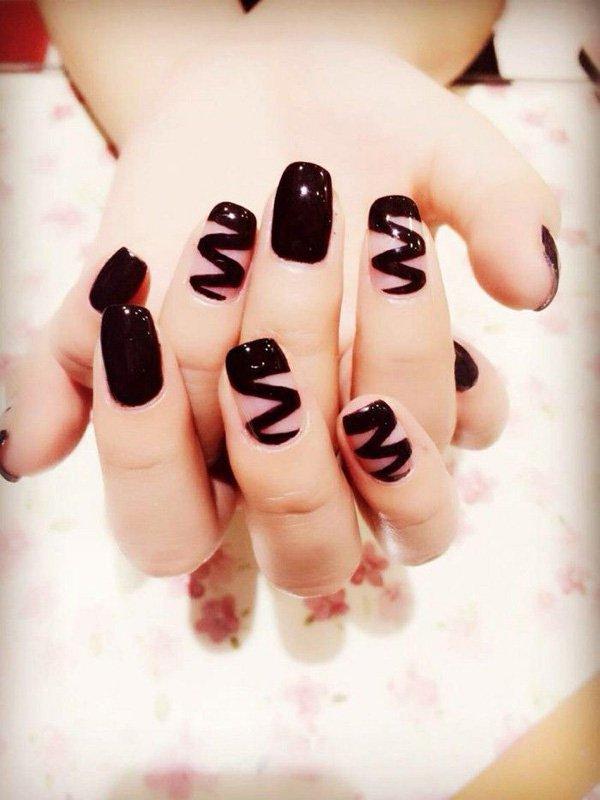 Black Nail Designs 15