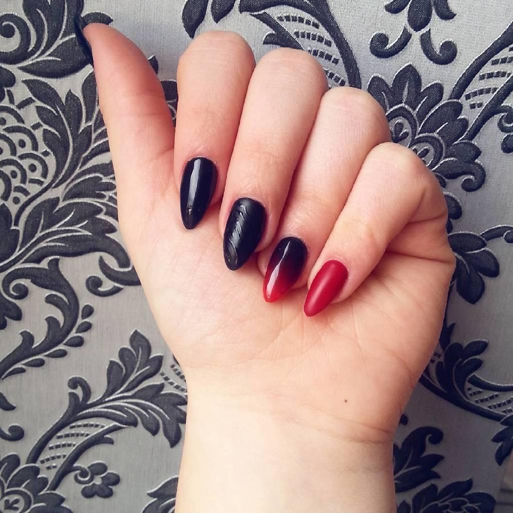 Black Nail Designs 41