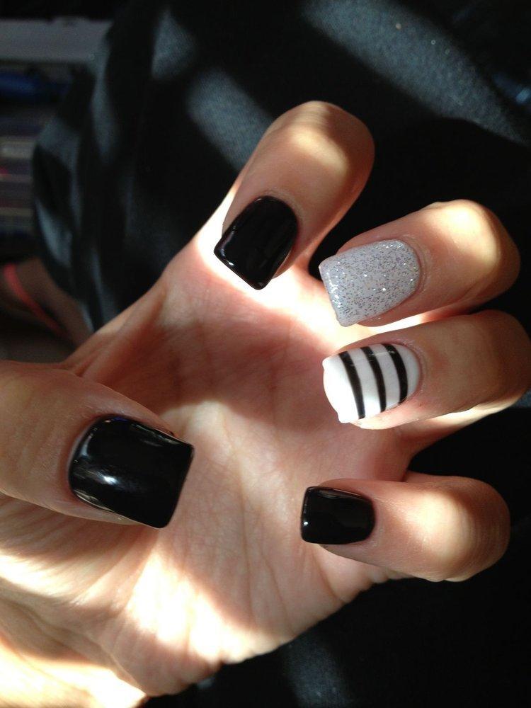 Black Nail Designs 42