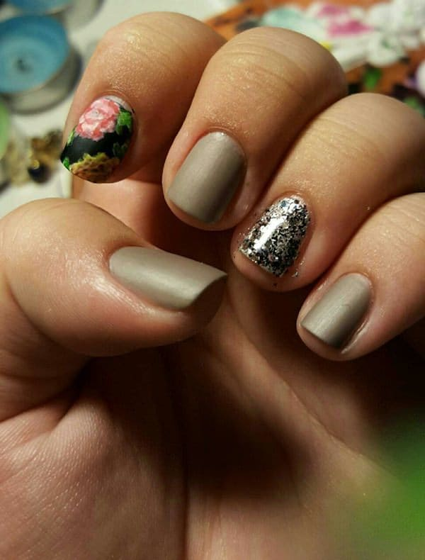 Just Chic Short Nail Designs