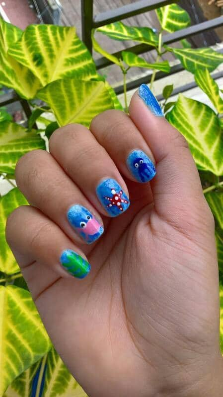 blue color Short Nail Designs