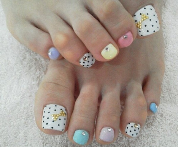 nice and simple nail design