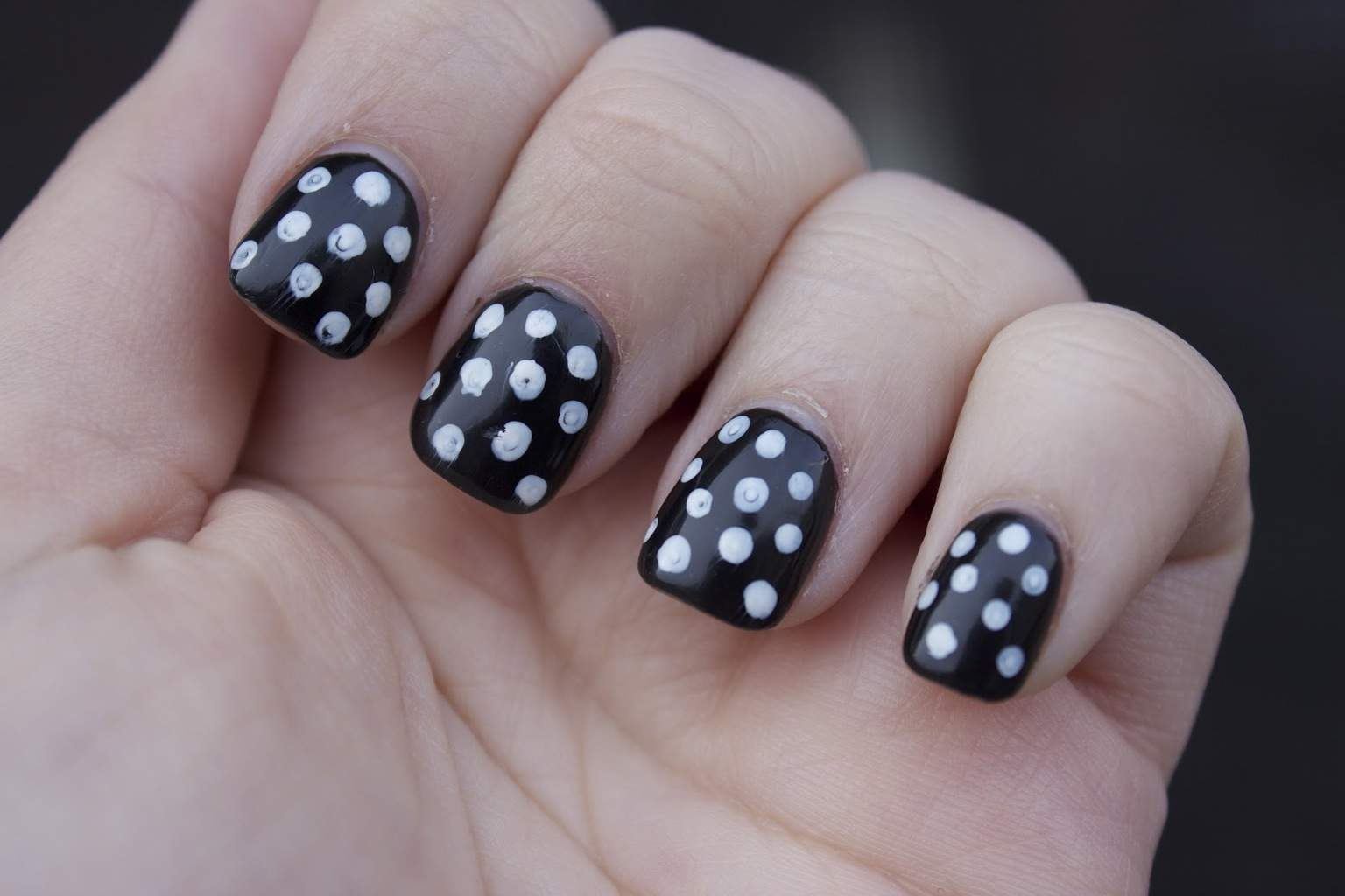 40 Breathtaking Black & White Nail Designs for Glamour Girls