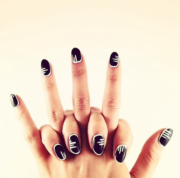 Horizontal black and white nail