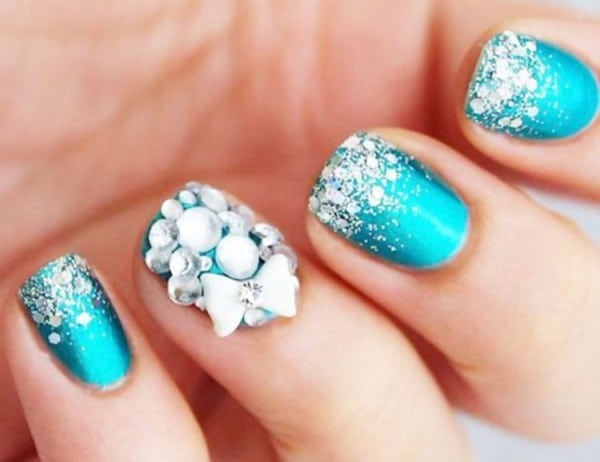 Bondi Blue nail