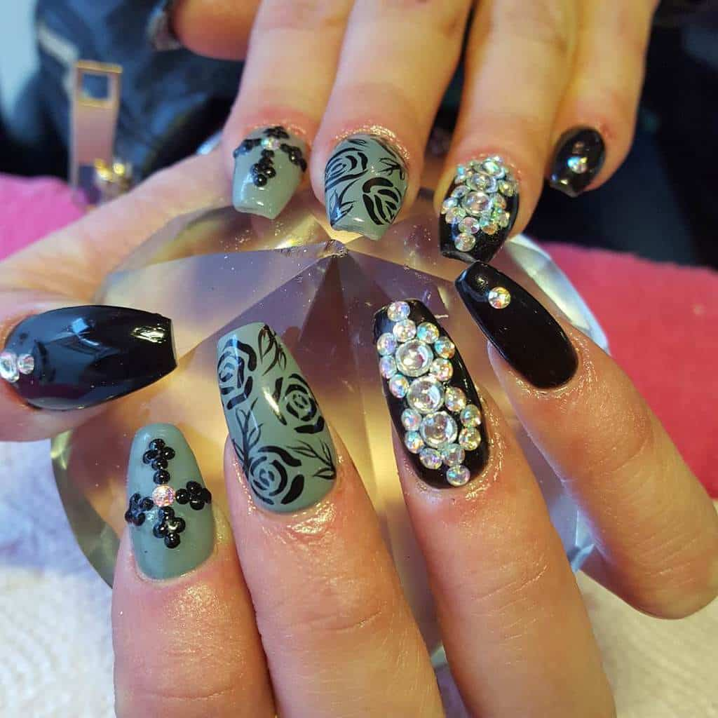 Creative and Colorful Nail Designs 10