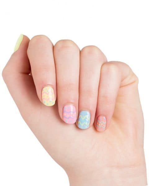 Pattern nail ideas for women