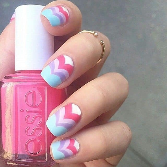 chevron nail design for women