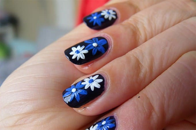 Flower Nail Blue & White