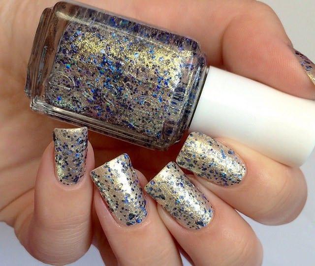 Glitter nail designs 47
