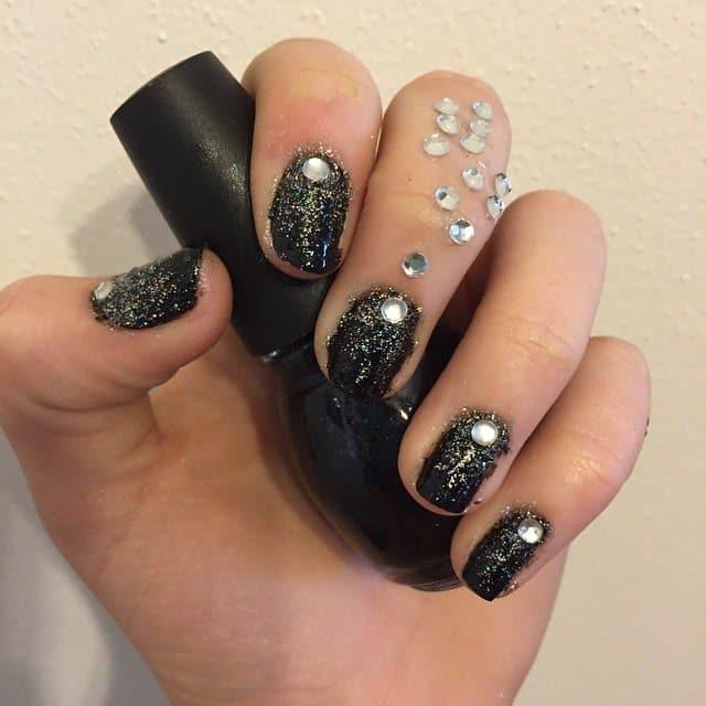 Fancy Nancy Glitter nail designs for girl