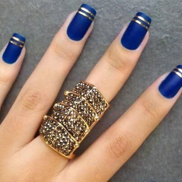 blue and Golden Stripes nail designs