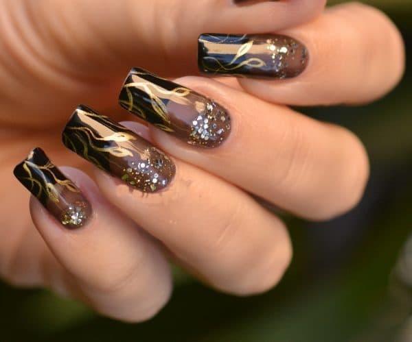 Light green, Maroon & Airbrush nail designs 13
