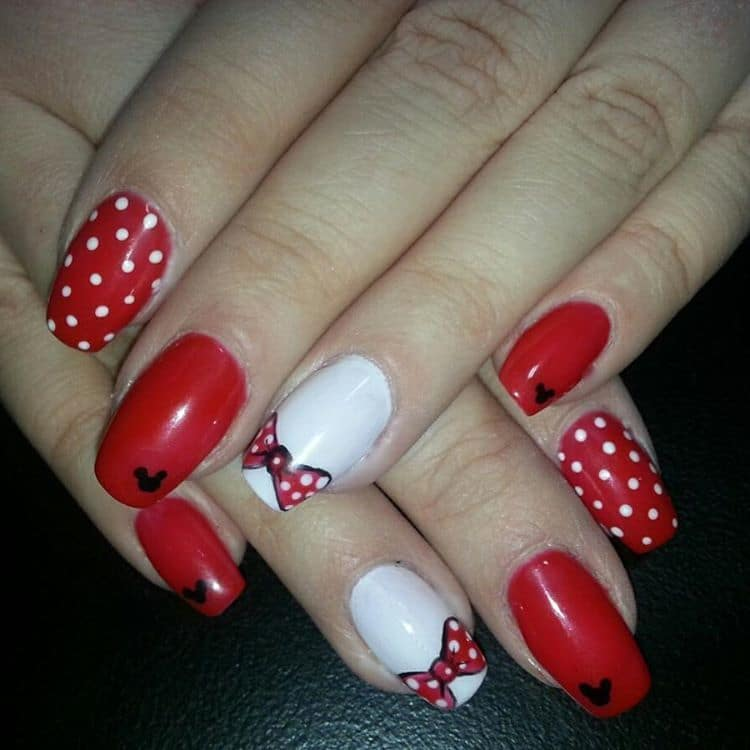 Red And White Polka Dot mouse nail