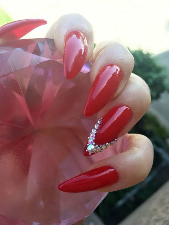 Stiletto Red nail