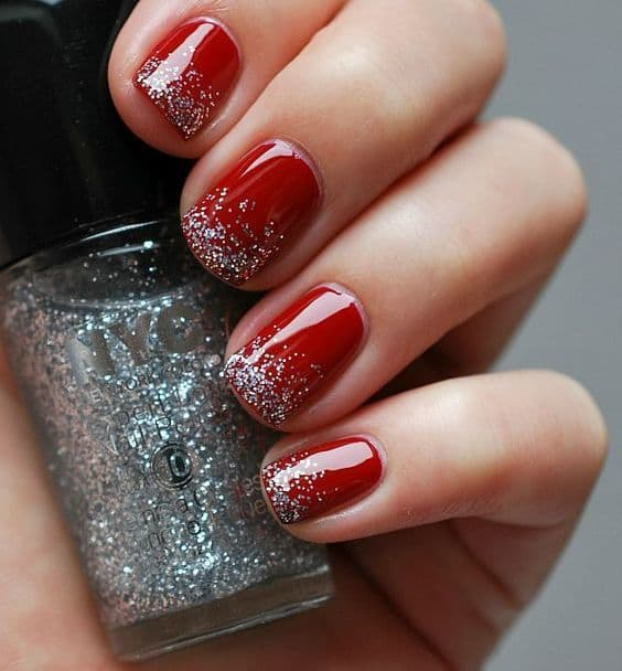 Glitter Tips nail