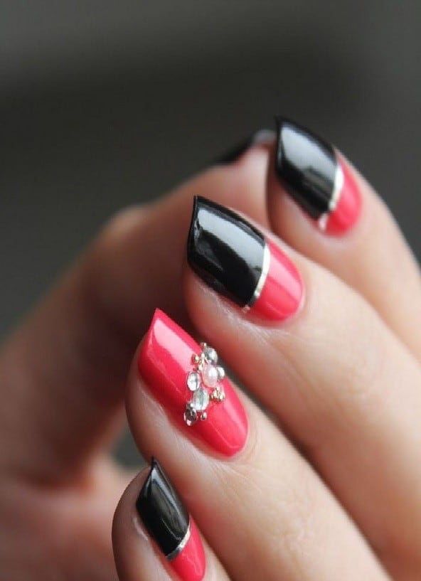 Red and Black nail designs 21