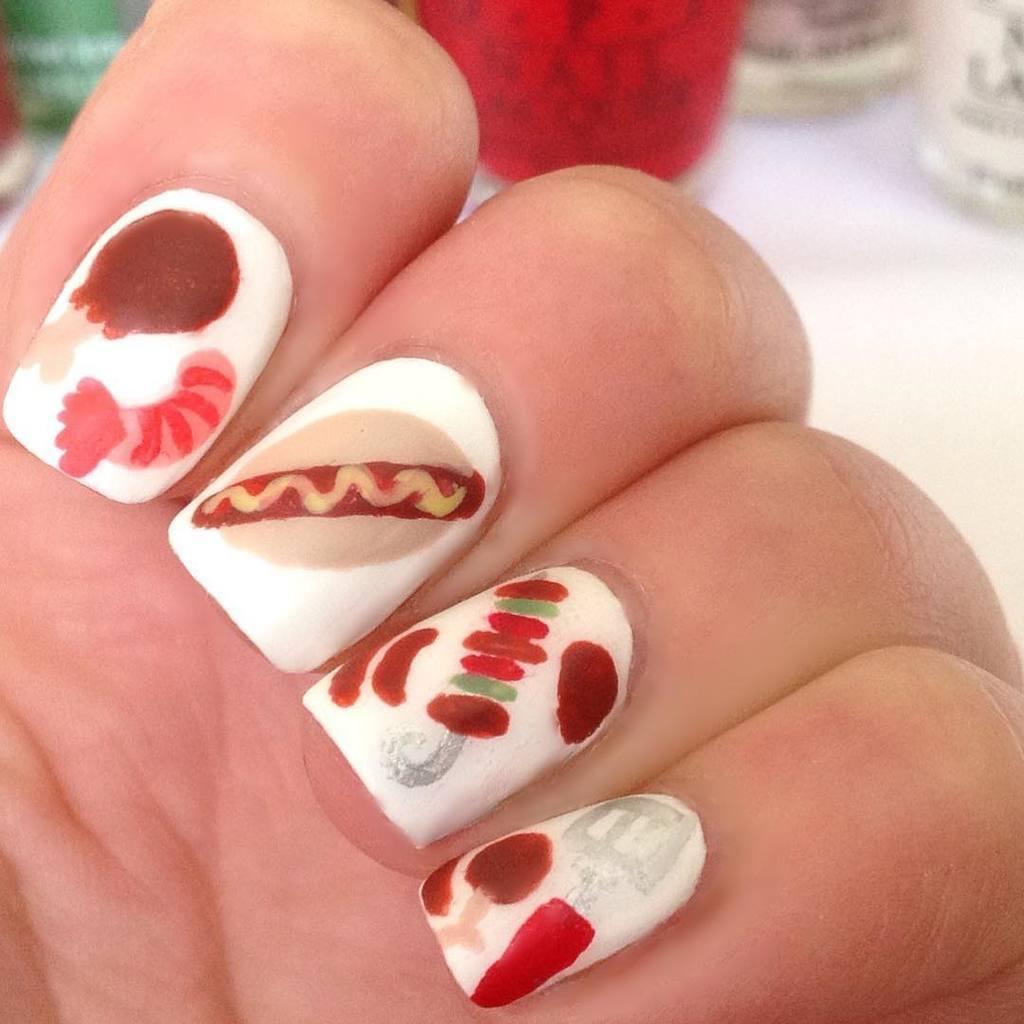 White nail designs 042