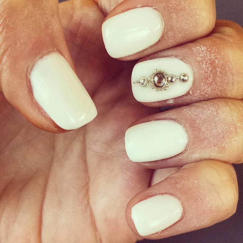 White nail designs 045