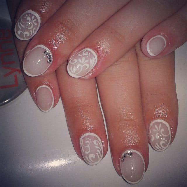White nail designs 078