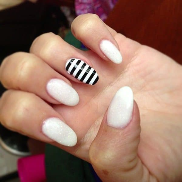 Favorite Striped black White nail idea