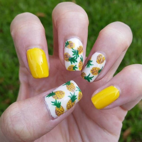 White nail designs 24