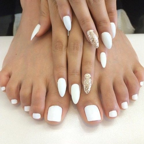 White nail designs 3 - 61 Striking White Nail Designs For 2018 – NailDesignCode