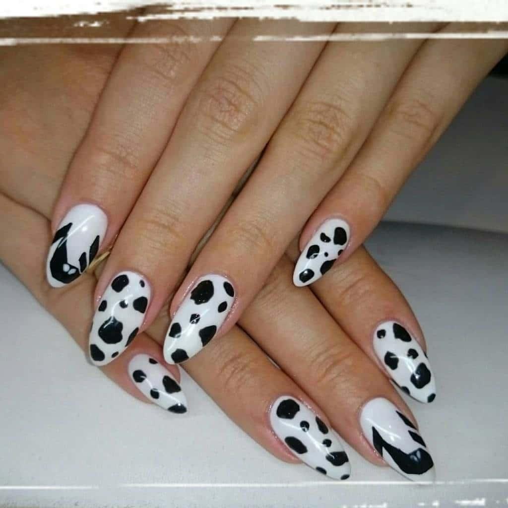 White nail designs 52