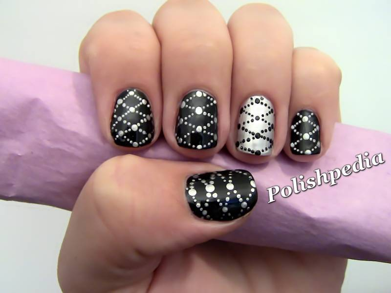 black and silver nail designs 11