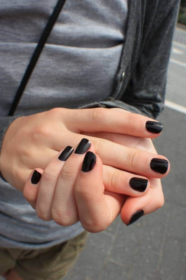 black-and-white-nail-designs-35