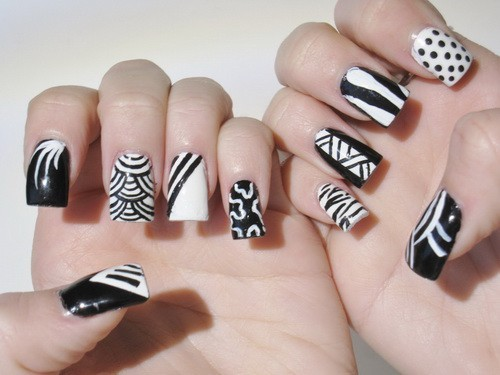40 breathtaking black white nail designs for glamour girls prinsesfo Choice Image
