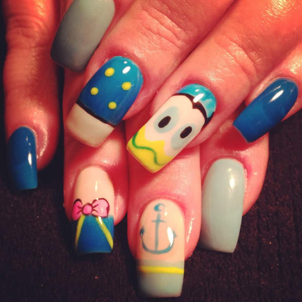 Donald Duck Disney nail designs