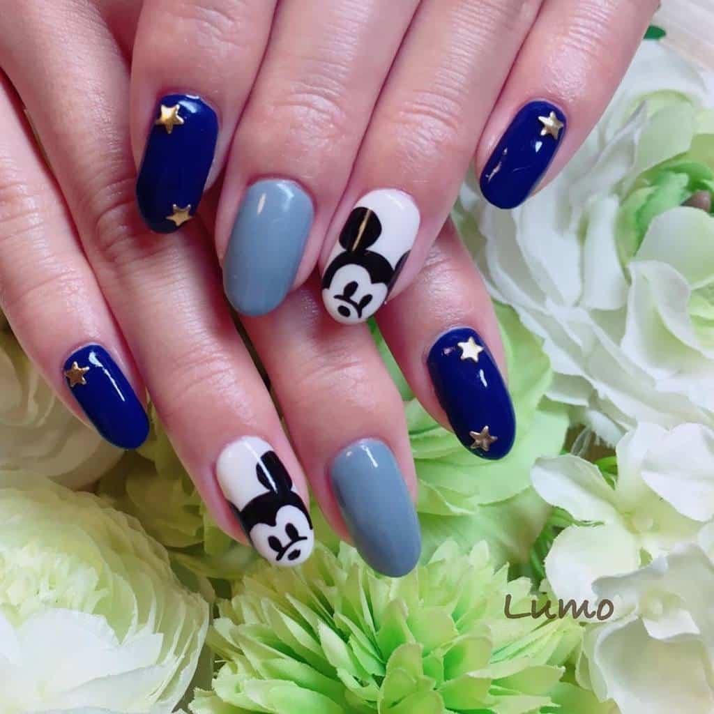 Mickey Merlin disney nail style