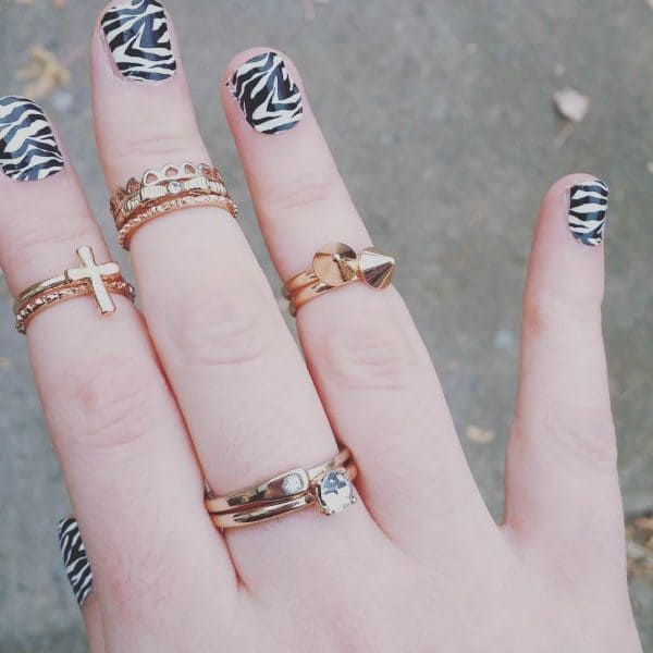 feather & zebra nail designs 22