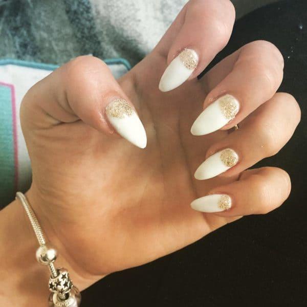 gold nail designs 25