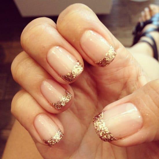 gold nail designs 38