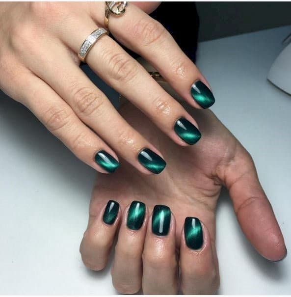 green nail designs 2 - 25 Fun & Flattering Green Nail Design Ideas