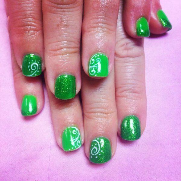 green nail designs 7