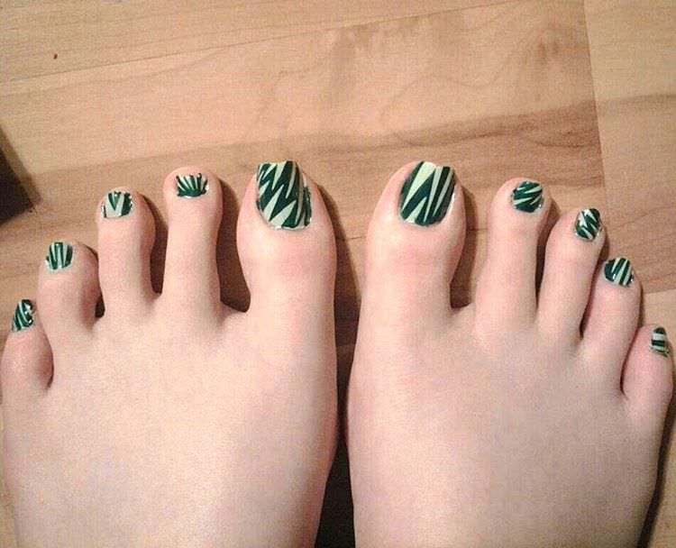 green nail designs 8