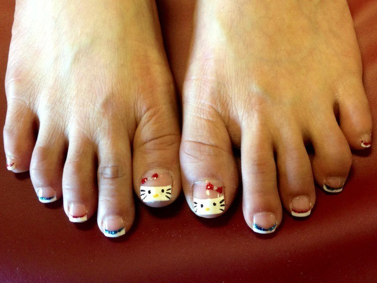 hello kitty & Claw nail designs 8