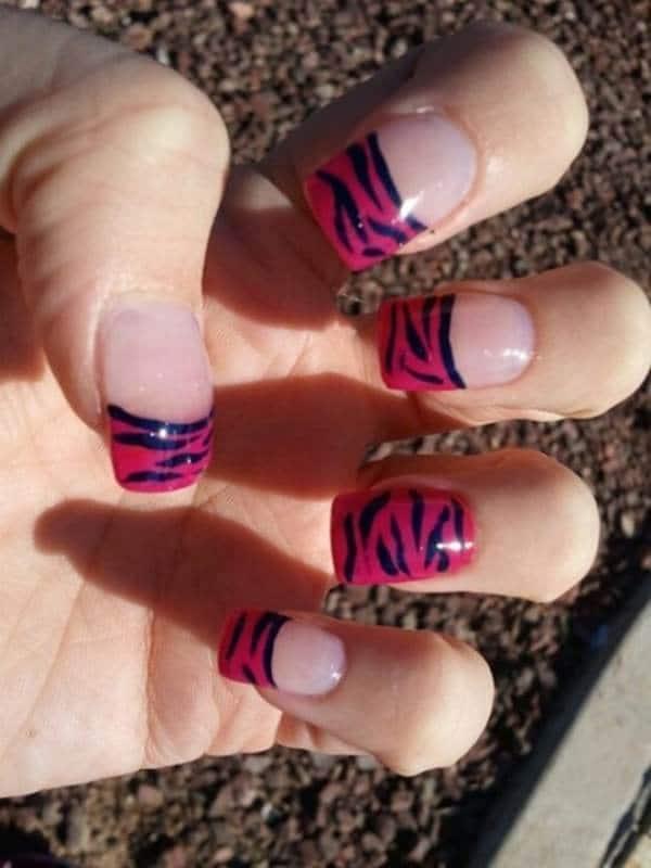 Magenta Zebra pink nail designs