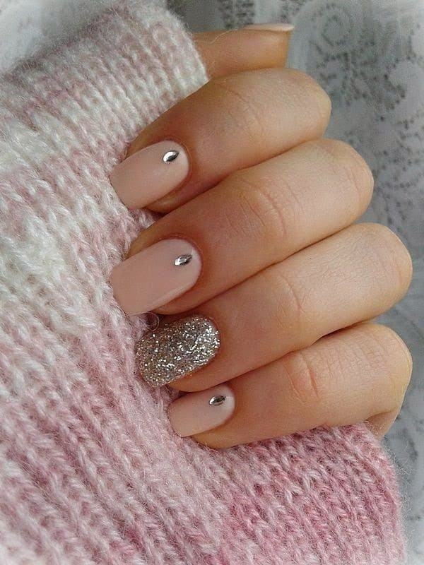 Salmon & Silver Glitter hot pink nail