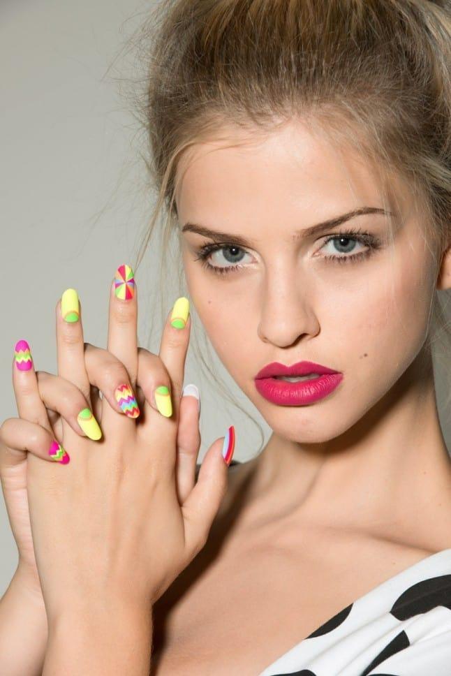 matte nail designs 17