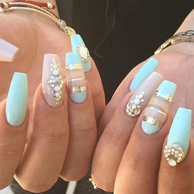 40 dazzling matte nail designs to wear in 2018 sea pearls nail you like prinsesfo Image collections