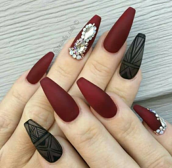 70 Dazzling Matte Nail Designs to Wear in 2020