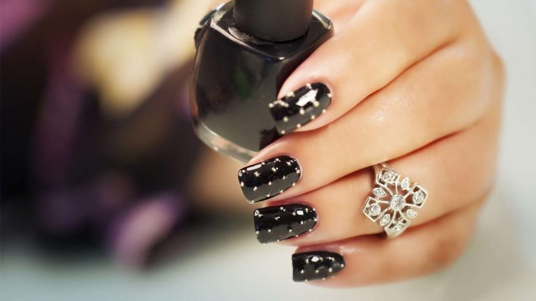81 Boldest Black Nail Designs to Stand Out of The Crowd