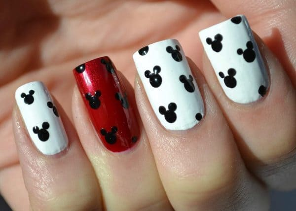 white and red mickey mouse nail designs