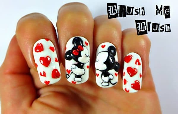 Kiss Of Love mickey mouse nail