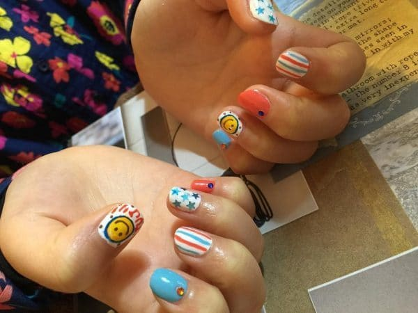 nail designs for kids 21